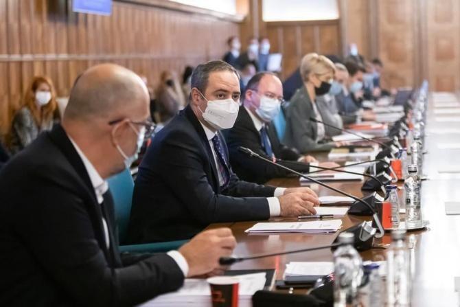 Dosarul privind achiziţia de vaccinuri. Alexandru Nazare: I-am atras atenția lui Cîțu. Ministerul Finanțelor a contestat achiziția / Foto: Facebook Alexandru Nazare