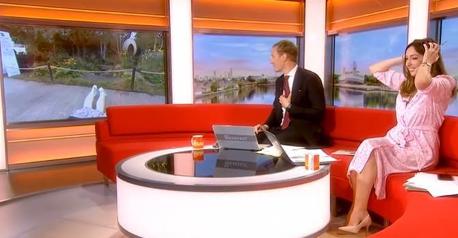 Prezentatoare BBC, răsturnată de un câine când se afla în direct   /   Sursă foto: Captură YouTube
