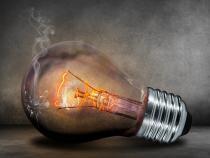FACTURĂ la CURENT electric de peste 23.000 de lei, primită de un prahovean, după ce și-a pus contor nou/ Foto: Pixabay