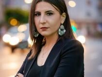 Ioana Constantin: Ce rușinoase declarații face Barna la audierile din Parlament despre relația României cu SUA!