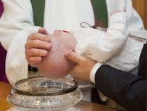 Pexels / Copiii din Sicilia nu vor mai avea nași de botez. Biserica se teme de Mafie