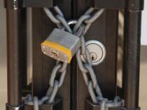 Peste 100.000 de firme riscă să pună lacătul pe uşă. Blocaj financiar fără precedent în ultimii 10 ani