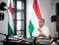 Viktor Orban are un contracandidat puternic, tată a 7 copii şi catolic practicant. Cine este Peter Marki-Zay