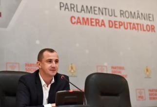 Alfred Simonis a închis telefonul la Antena 3. Discuţie aprinsă cu Cătălina Porumbel: Ce faceţi, vreţi să deveniţi moderator?
