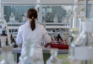 Anticorpii monoclonali, blocați de birocrația din România? Rozalina Lăpădatu: Mă tem! Piețele din Vest iau decizii mult mai rapide / Foto: Pixabay