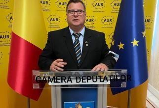 Deputat de Alba, declaraţie uluitoare: Este important să fie numit director prostul nostru și nu al lor