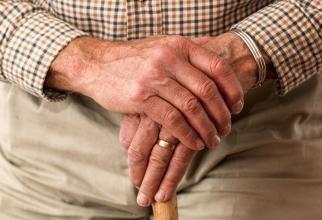 Ministerul Muncii, mesaj ferm: Vârsta de pensionare nu va fi majorată iar stagiul complet de cotizare nu va fi modificat!