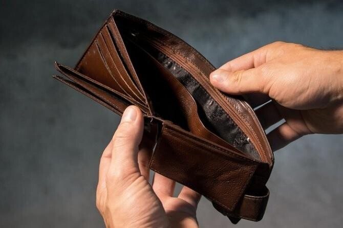 foto pixabay. Profesorul Coșea, avertisment ferm cu privire la finanțele României. Toți românii vor plăti