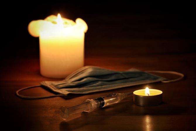 O fată de 15 ani a murit de COVID în ziua în care era programată la vaccinare / Foto: Pixabay