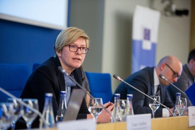 Guvernul Lituaniei vrea să acorde câte 100 de euro tuturor vârstnicilor care se vaccinează anti-COVID-19   /   Sursă foto: Facebook Europos Komisijos atstovybė Lietuvoje