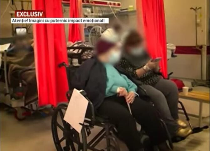 """Imagini dureroase de la ATI, cu oameni care abia mai respiră și bolnavi tratați pe scaune. """"Nu credeam, acum văd pe pielea mea"""" / Foto: Captură video RealitateaPlus"""