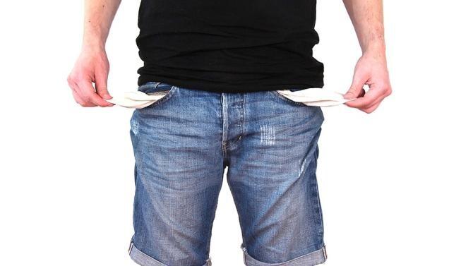 Salariul mediu a scăzut cu aproape 100 de lei în luna august. INS, domeniile în care angajații au primit mai puțini bani / Foto: Pixabay