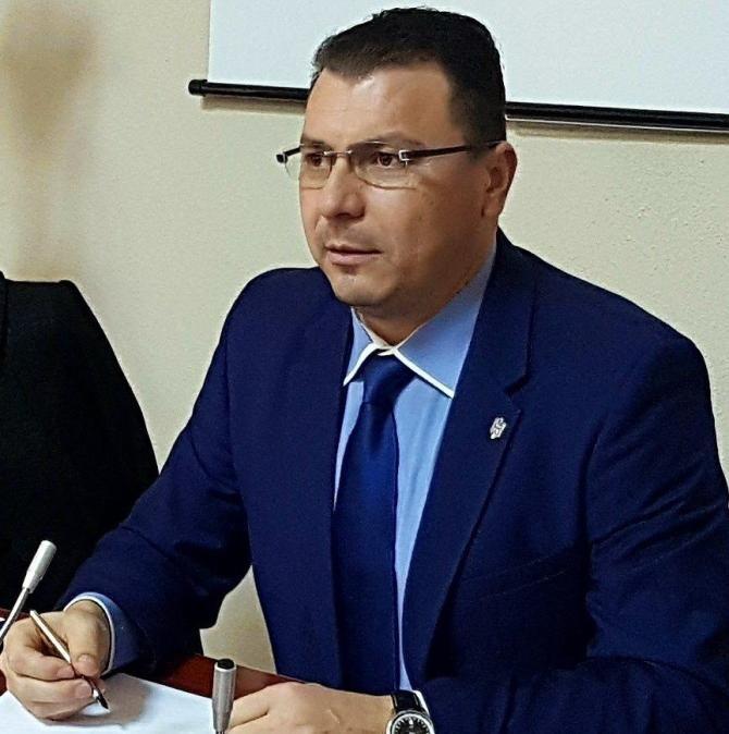 Petre Ionel, după ce trei bărbați au fost atacați de URS în Vrancea: Câți trebuie să moară ca să va faceți treaba? / Foto: Facebook Petre Ionel