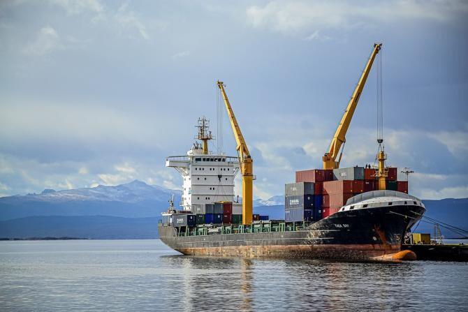 Căpitan român, arestat în Franța. Peste o tonă de cocaină a fost găsită la bordul navei sale / Foto: Pixabay
