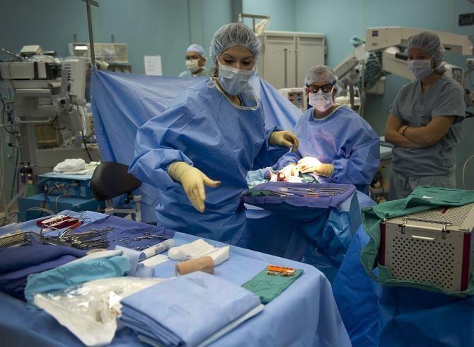 Un brașovean, la un pas de operație, deși venise să asiste la nașterea copilului său / Foto: Pixabay